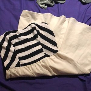 Strapless dress w/ strips on top